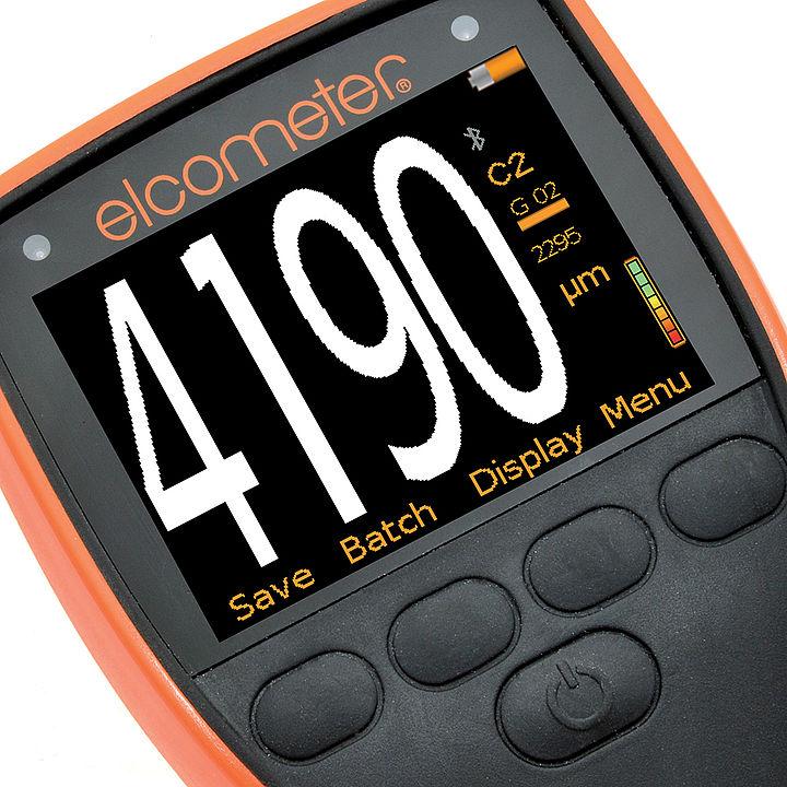 Elcometer 500 je hrúbkomer s veľkým, ľahko čitateľným displejom